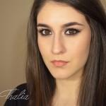 chocolate-bar-makeup-miss-thalia-01